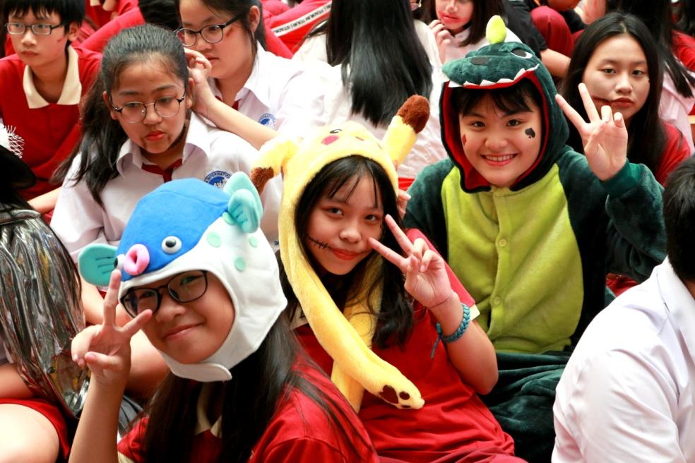 Muôn kiểu hóa trang ấn tượng của học sinh dịp Halloween