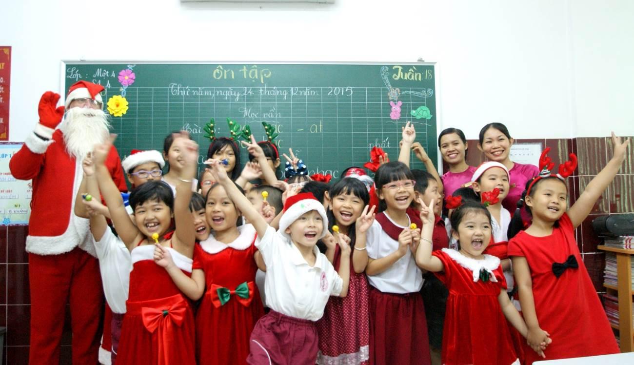 Học sinh Asian School náo nức đón Giáng sinh và năm mới 2016