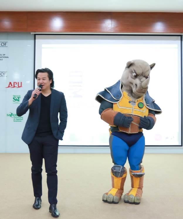Thanh Bùi mang thông điệp DON'T USE RHINO HORN đến với học sinh Asian School