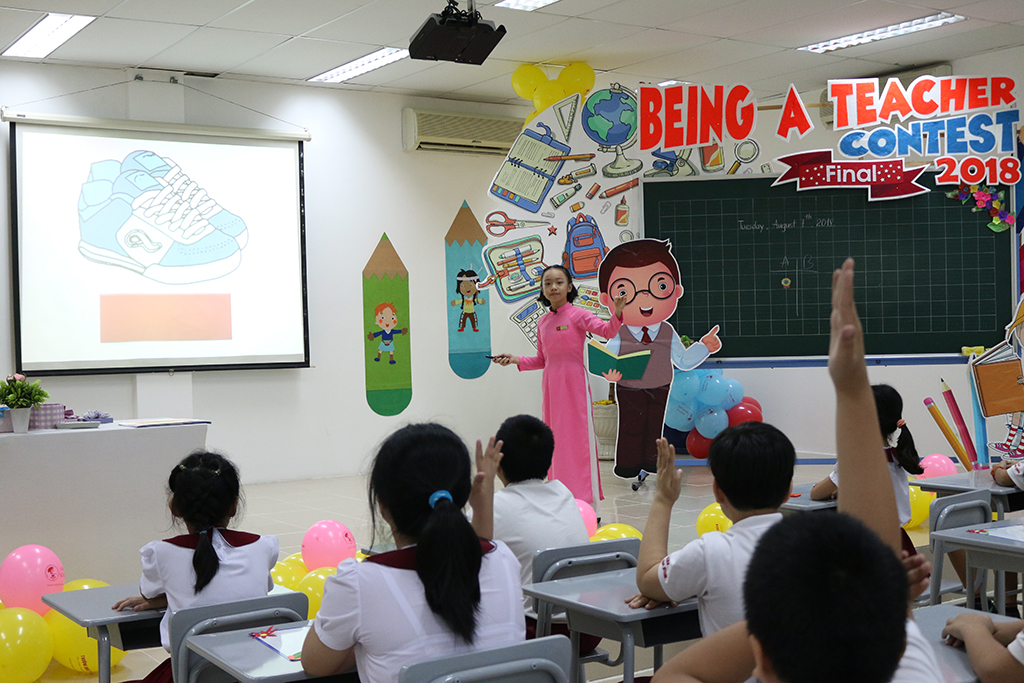 "Improving students' abilities through ""Being a teacher'' contest...<img src='/App_Themes/Default/Images/iconnew.gif' alt='' />"