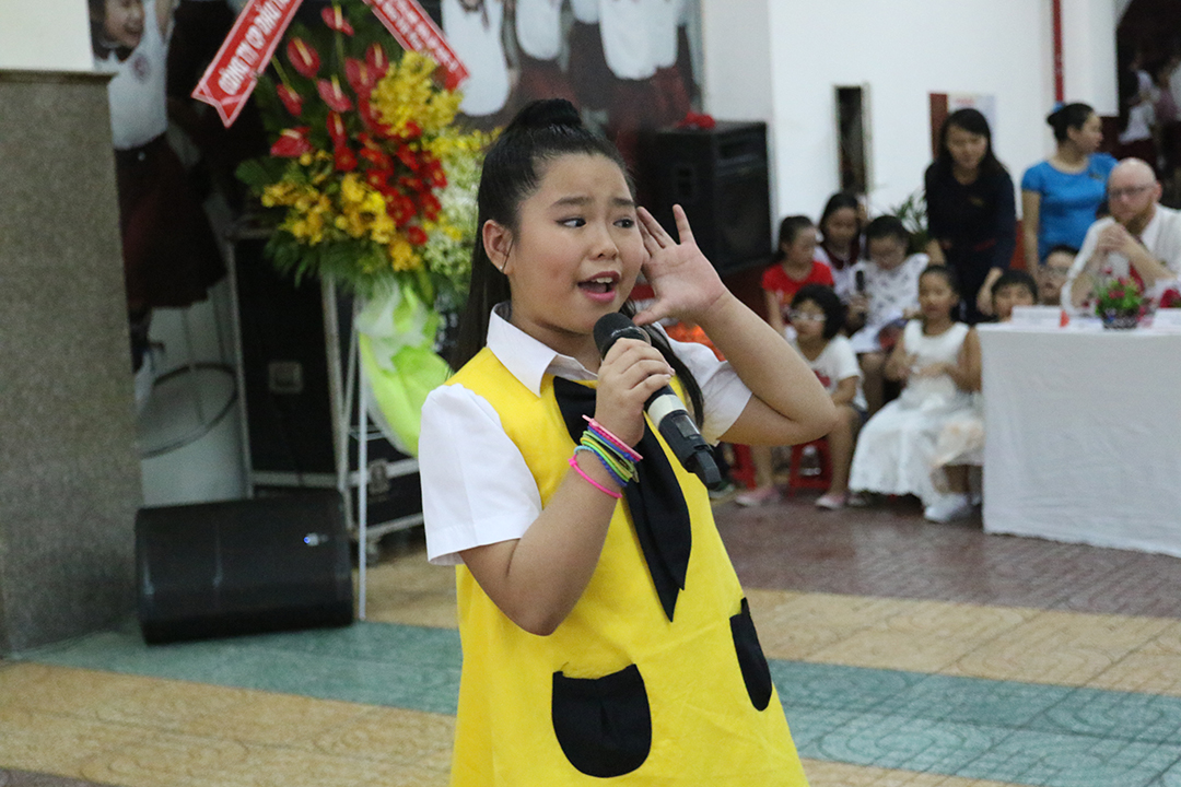 Cuộc thi âm nhạc English Singing Contest<img src='/App_Themes/Default/Images/iconnew.gif' alt='' />